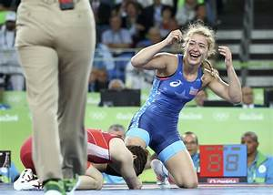 U.S. wrestler makes history in Rio after beating 16-time ...