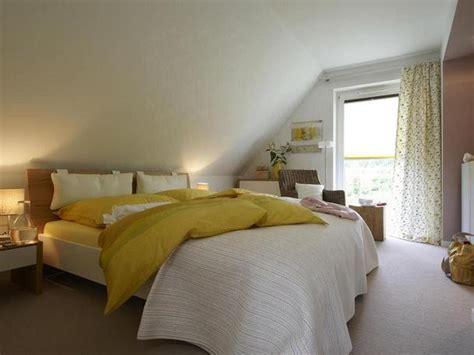 schlafzimmer ideen eine dachschräge dachschr 228 ge gestalten schlafzimmer