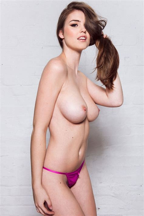 Rosie Danvers Sexy Topless Photos Thefappening