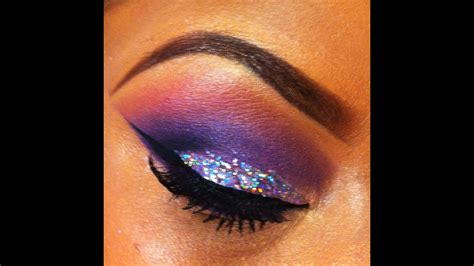 silver mac glitter kat eye eyeshadow youtube