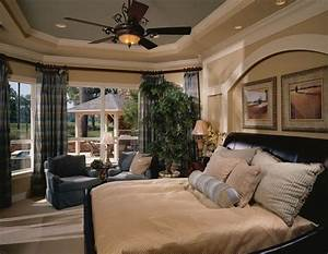 Decorated Model Home Beautiful Bedrooms & Bedding