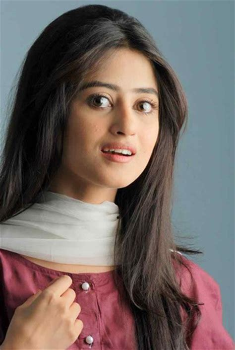 pakistani actress long hair which pakistani actresses look beautiful with open hair
