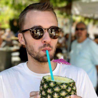 photo de squeezie squeezie xsqueezie