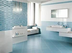 Bad Fliesen Verschönern : badezimmer fliesen mit blauer optik g stebad hellblau ~ Michelbontemps.com Haus und Dekorationen