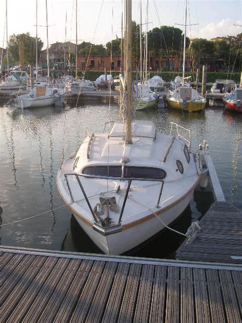 cabinato a vela usato leisure 17 un piccolo e fantastico cabinato a vela
