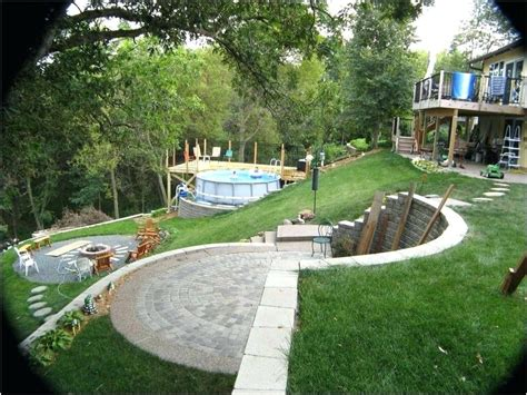 Steep Backyard by Landscaping A Steep Sloped Backyard Steep Sloped Backyard