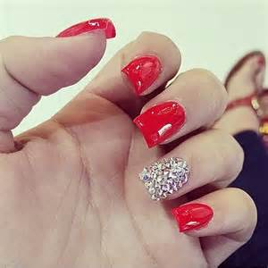 Top stylish red nail designs