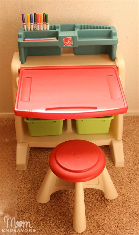 step 2 desk and stool step2 flip doodle easel desk with stool review