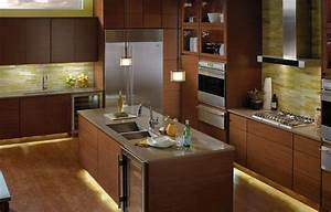Kitchen under cabinet lighting options countertop for Under cabinet lighting options kitchen