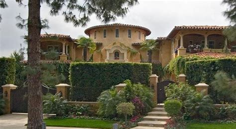 Old Hollywood Homes  One Of The Private Homes Seen On A