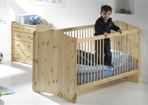 lit bebe en bois pas cher lit bebe bois massif