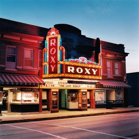 The Entrance Of A Cinema Hotel Or Theatre by 1000 Images About Historic Theaters On