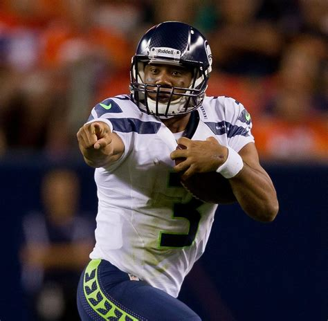 projecting  seattle seahawks final  man roster