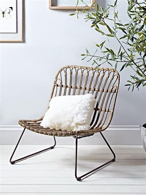 carefully woven  beautiful rattan   iron frame   chair   wide seat