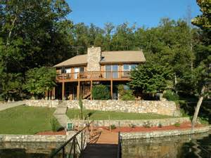 Lakefront Houses Photo by Lakefront Homes For Sale At Lake Of The Ozarks