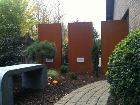 sichtschutz aus metall stelen aus metall f 252 r garten und vorgarten