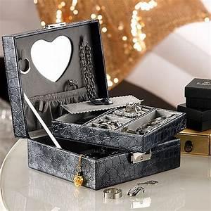 Boite A Bijoux Cuir : bo te bijoux imitation cuir ~ Teatrodelosmanantiales.com Idées de Décoration