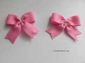 crochet elastic ribbon make a bow tie hair bow with tails think bowtique