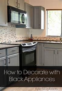 ideas for how to decorate a kitchen with black appliances ...