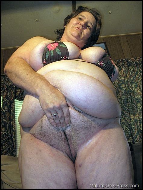 Swollen Big Belly Grandma Showing Her Fat Hairy Old Cunt