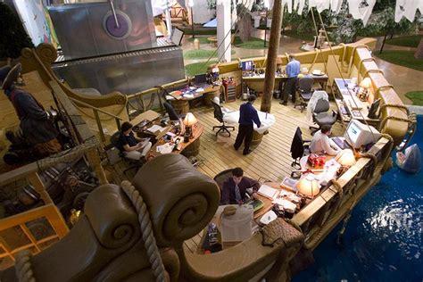 travailler dans les bureaux travailler dans un bateau de le rêve