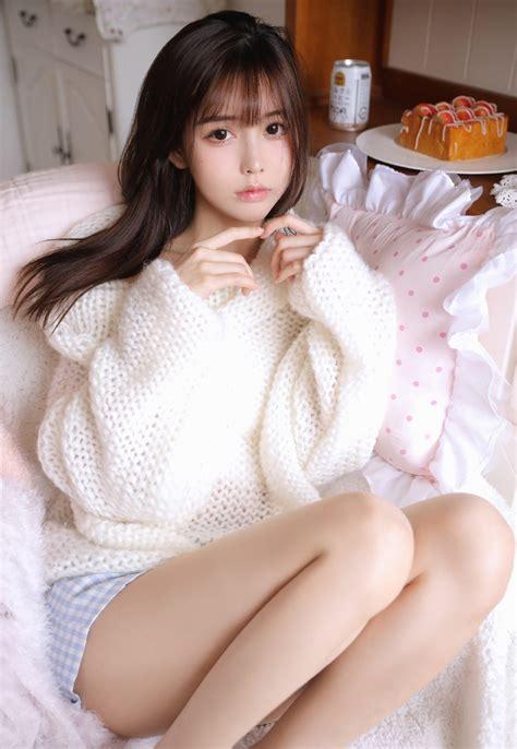 一看就舒心的可爱甜美高颜值背心短裤美少女清纯写真照_美女写真_3g美女图片