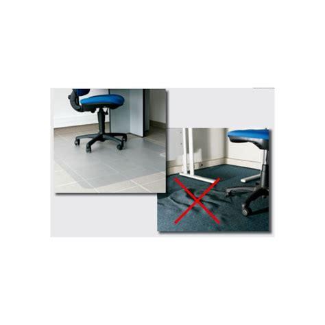 tapis plastique bureau gdle tapis de bureau