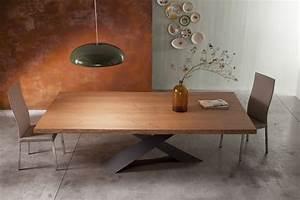 Table Pied Croisé : table manger en bois naturel pieds crois s en acier ~ Teatrodelosmanantiales.com Idées de Décoration