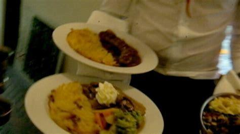 cuisine abc waiter 39 s 7 ways waiters get back at