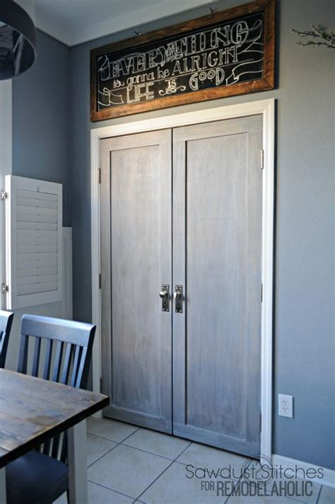 Pantry Closet Doors by Best 25 Bifold Doors Ideas Only On