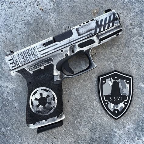 SSVi Signature Series Stormtrooper G19. : Glocks