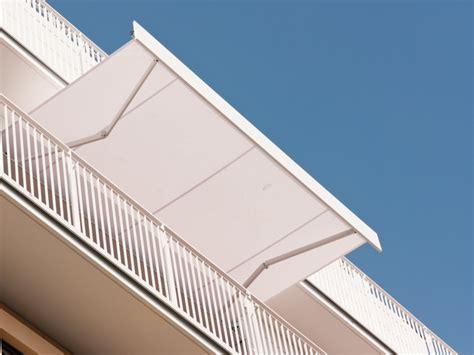 Klemm Markisen Für Balkon For Sommer Vorm Balkon Kräuter