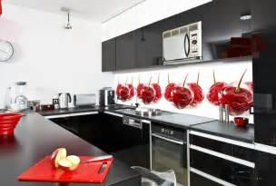 küche spritzschutz glas küche wandgestaltung farbiger glas spritzschutz