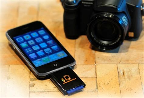 iphone sd card reader zoommediaplus zoomit is the iphone s overdue sd card