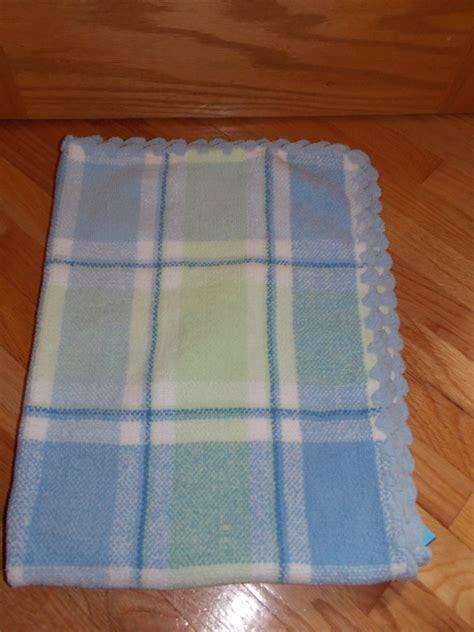 impressions blue white green plaid chenille knit