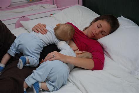 Breastfeeding Lying Down Nursing Nurture