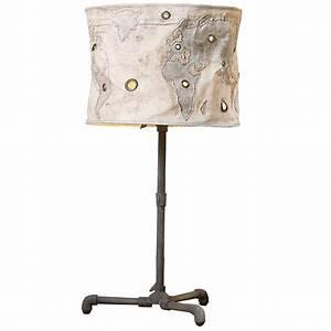 Lampe Frau Mit Schirm : lampe mit schirm affordable wei gro stehlampe holz dreibein leuchte lampe schirm h galerie with ~ Eleganceandgraceweddings.com Haus und Dekorationen