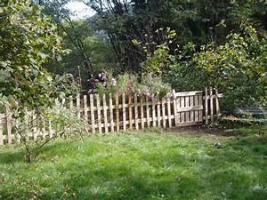 Barrière En Bois Jardin : poussons la barri re du potager photo de allons nous ~ Premium-room.com Idées de Décoration