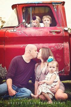 christmas mini session rustic red truck  chevy la