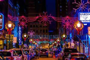 the top places to view holiday lights in philadelphia for 2017 visit philadelphia