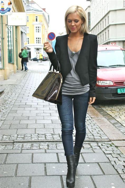 Love Simple Grey Shirt Skinng Jeans Black Jacket