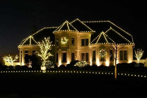 residential holiday decorating  christmas light service
