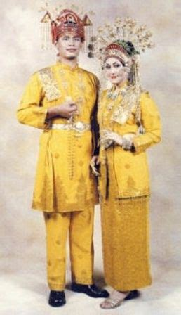 wedding dress costumes  riau indragiri indonesia