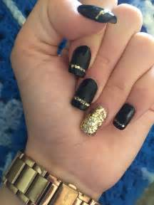 Best ideas about black gold nails on nail art for christmas pretty and