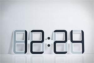 Led Uhr Wand : clockone l horloge num rique murale design ~ Whattoseeinmadrid.com Haus und Dekorationen