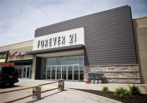Forever 21 leads parade of new gateway stores local for Lamp and lighting warehouse lincoln ne