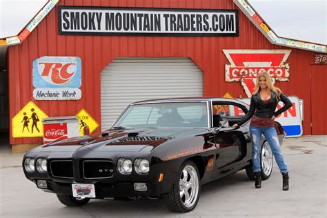 paint your tires to give your car a fashionable 1970 pontiac gto cars cars for sale in