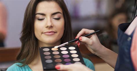 how do you become a makeup artist makeup artist about me style guru fashion glitz