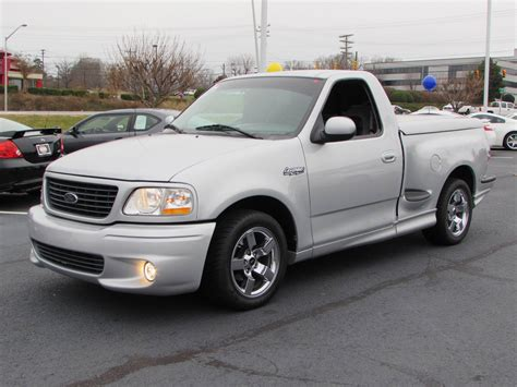 2001 Ford F-150 Svt Lightning Start Up, Borla Exhaust, And