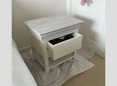 How to Upcycle a Bedside Table With Chalk Paint and New